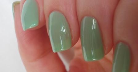Как накрасить ногти?