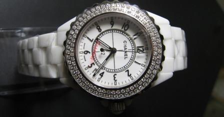Стильный подарок – качественные часы