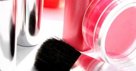 Правильный выбор косметики: где покупать и как выбирать