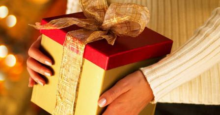 Правильный выбор подарка: основа веселого праздника