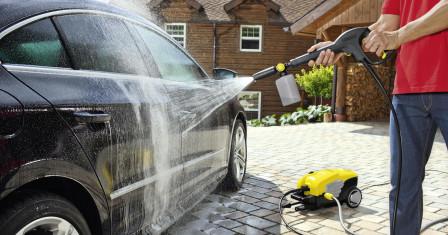 Покупаем минимойку для чистки фасадов и мытья машины