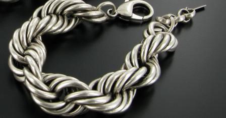 Как правильно носить серебро
