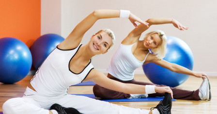 Фитнес: причины для начала занятий и правильный выбор вида упражнений