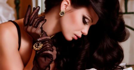 Главное современное украшение девушки и его роль в древнем мире