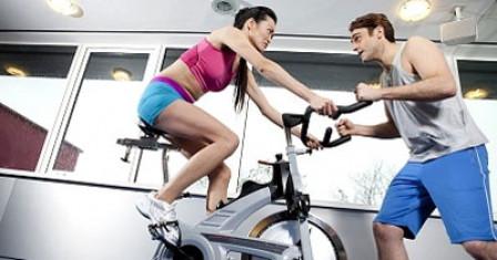 Преимущества и польза использования велотренажера