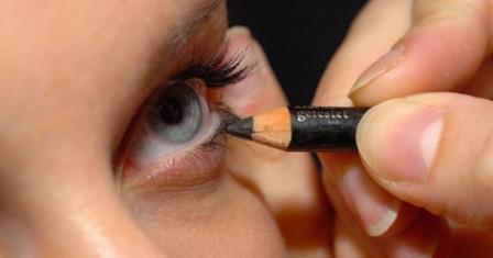 Правила выбора карандашей для глаз