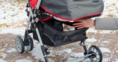 По каким параметрам выбирают детские коляски?