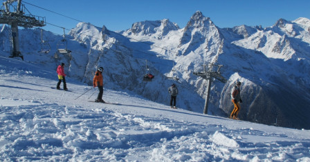 Домбай – престижный горнолыжный курорт