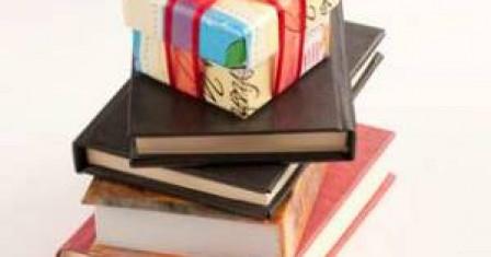 Книга в подарок: особенности выбора