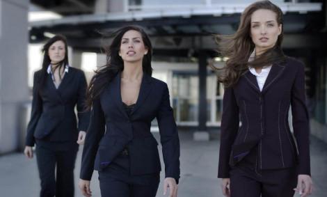 Правила выбора делового костюма для женщины