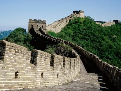 dlinu-velikoj-kitajskoj-stenyi-mozhno-zamerit-iz-kosmosa