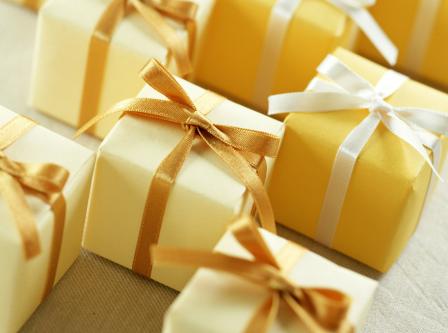 Как правильно дарить бизнес подарки