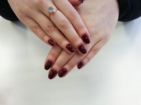 Выбираем акриловый лак для ногтей