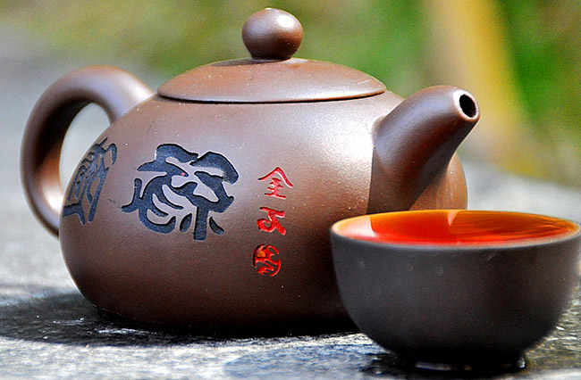 как правильно заварить чай в глиняном чайнике